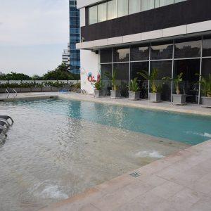 apartamento-hotel-estelar-alto-prado-barranquilla-piscina